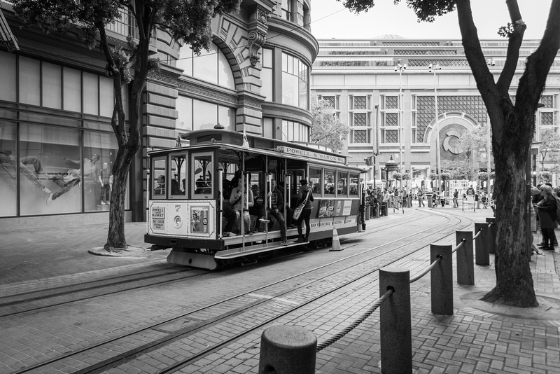 Cable Car on Powell St.